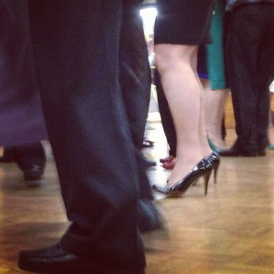 25: people .. a day late , but that's ok #fmsphotoaday #photoadayoct #dancing #feet Dancing Feet Fmsphotoaday Photoadayoct