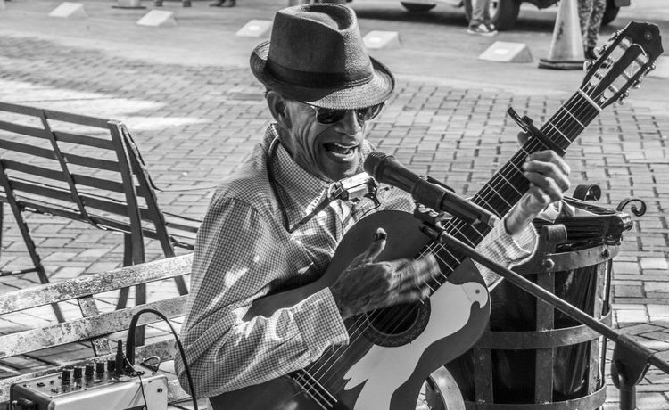 Black & White Black And White Black And White Photography Black&white Blackandwhite Blackandwhite Photography Blackandwhitephotography Bnw Bnw_collection Bnw_life Bnw_society Bnwphotography Musician Musicianlife Musicians Street Street Photography Streetbnw Streetlife Streetmusic Streetmusician Streetphoto Streetphoto_bw Streetphotography The Street Photographer - 2016 EyeEm Awards