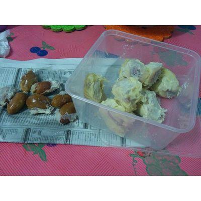 One of my mama's bday present to me..Durian 8 Biji Need to finish yumyumyum