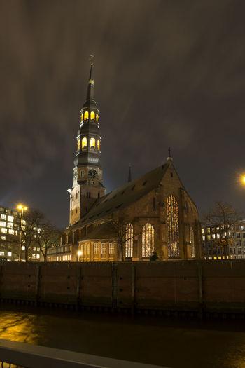 Kirche Langzeitbelichtung✔ Nachtfotografie Hamburg