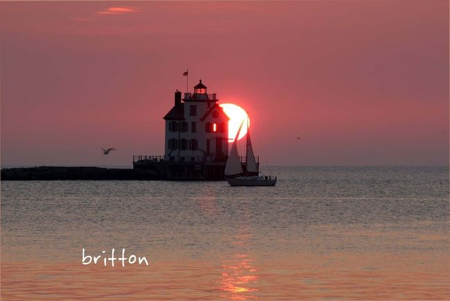 8/29/13 - The sunset on Lake Erie directly behind the Lorain Lighthouse Sun_collection Skyporn EyeEm Best Shots