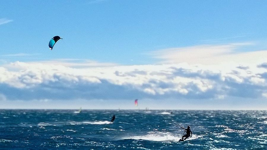 Kitesurfing Capture The Moment