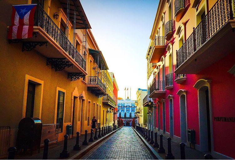 Viejosanjuan Sanjuan Puerto Rico Prphotoproject Discoverpuertorico Meganvazquezphoto Puertoricotourism Turismodepuertorico Colors Streets