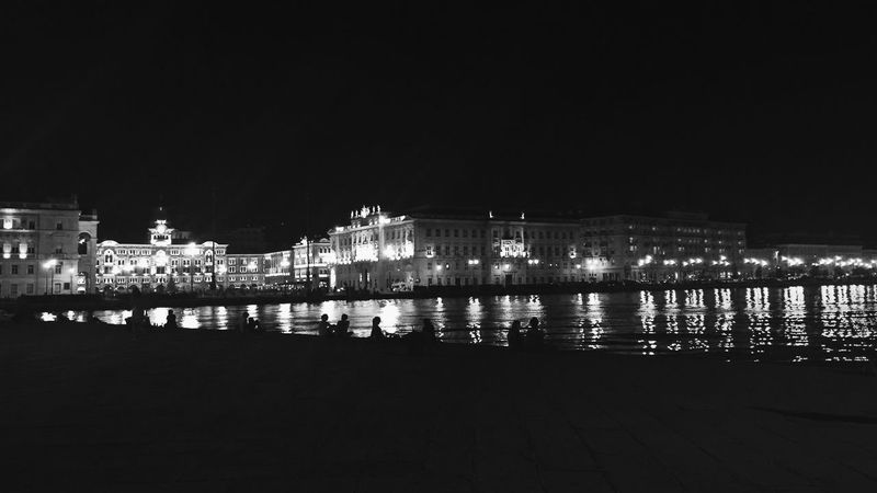 Streetphotography Urban Landscape Blackandwhite Water Reflections Streetphotography_bw Nightphotography Night Lights Silhouette Building From Vienna To Milan B&w Street Photography