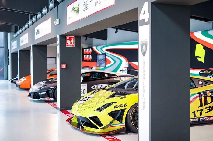 Racing Car Lamborghini