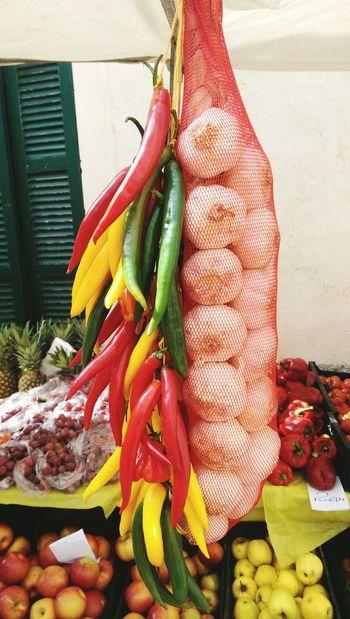 Garlic Redpeppers Pepperoni Apples Paprika Ananas Foodmarket Sineu Mallorca SPAIN
