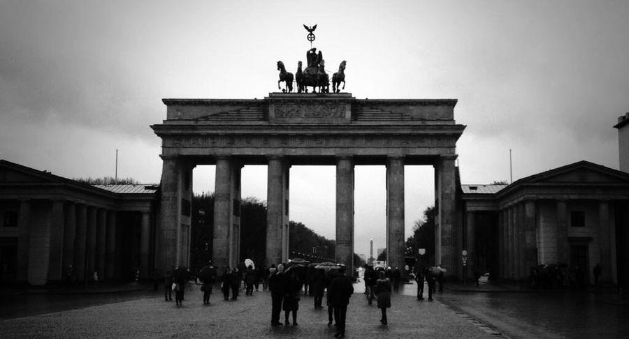 Brandenburger Tor Berlin Monuments Blackandwhite Gray November Me Around The World Square Rainy Days