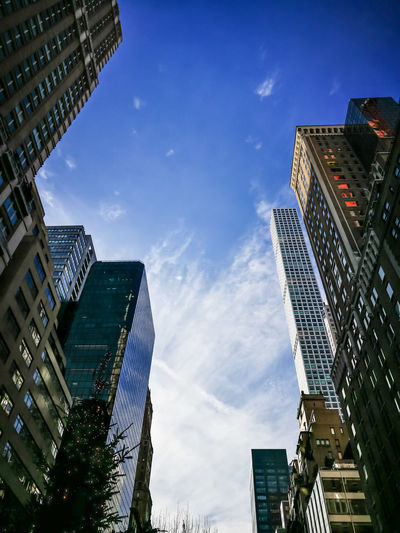Park Avenue Set RahimNoel Rahim New York NY NYC Portrait Photography Beauty In Nature City Life Blue Sky Park Ave Park Avenue NYC 🌇 Sun Set