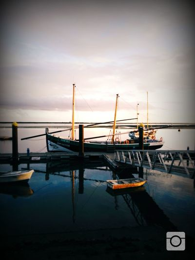 No Filter, No Edit, Just Photography Taking Photos Hanging Out Relaxing Relaxing Olhao Seashore Boats