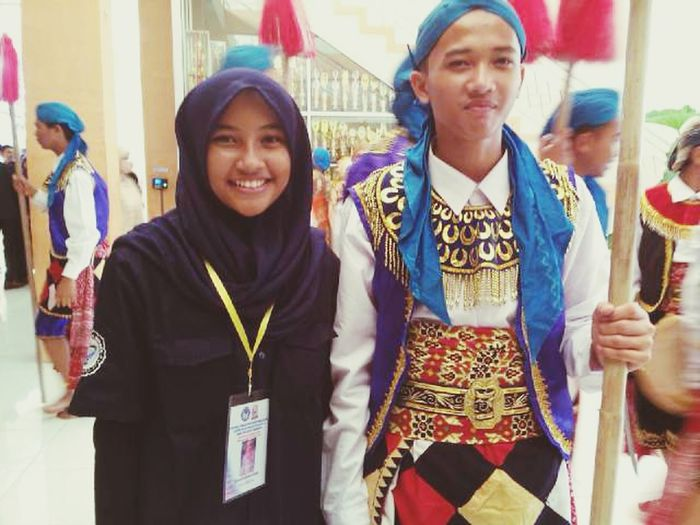 Me and Hary. He's a dancer for Gambyong Dance in Graduation SHS 2 Brebes. Graduation Dancer