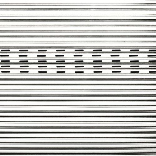 Simple is always attractive to me. #phonephotography Huaweiphotography HuaweiMate10 #simplicity #simple Striped Full Frame Textured  Outdoors Close-up