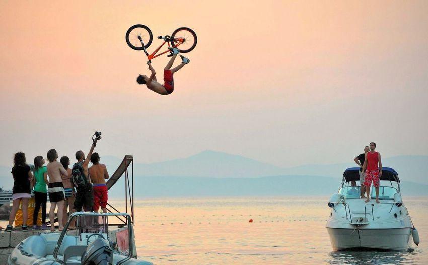 Bike jump in