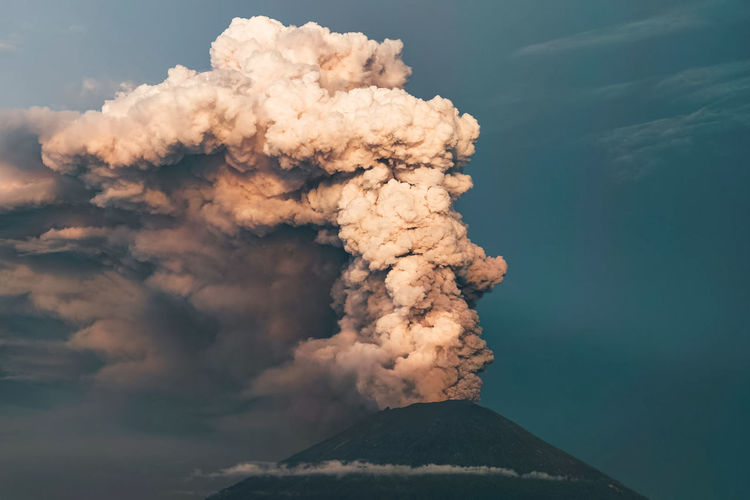 Active Volcano Beauty In Nature Cloud - Sky Day Emitting Environment Erupting Geology Land Mountain Mountain Peak Natural Disaster Nature No People Ominous Outdoors Pollution Power Power In Nature Science Sky Smoke - Physical Structure Volcano