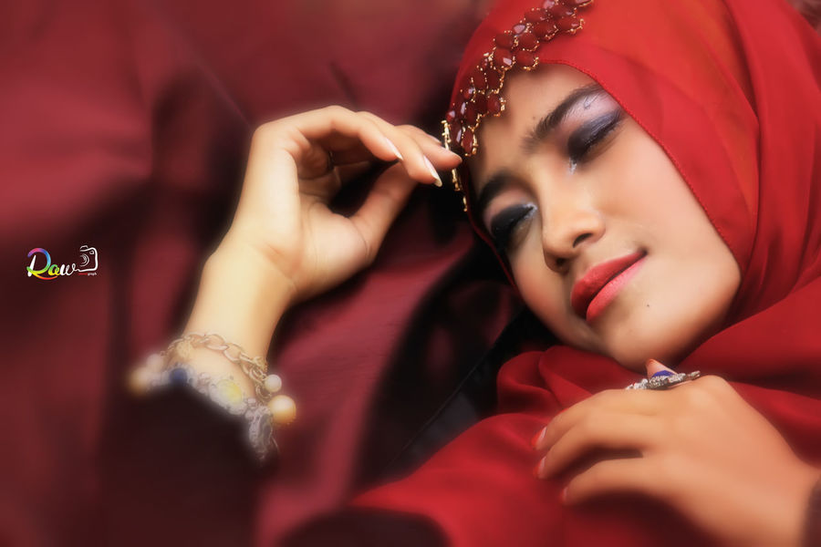 beauty Faces of EyeEm Smile Hijab