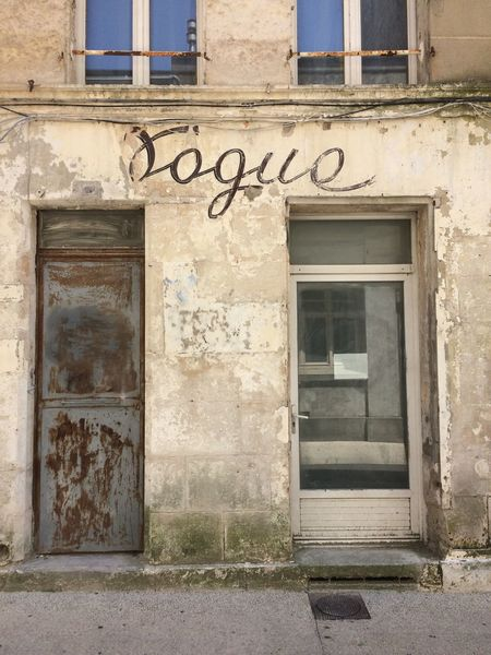 2017 Architecture Built Structure Building Exterior Door Text No People Day Old Building  Rusty Old Doors Deux-Sèvres