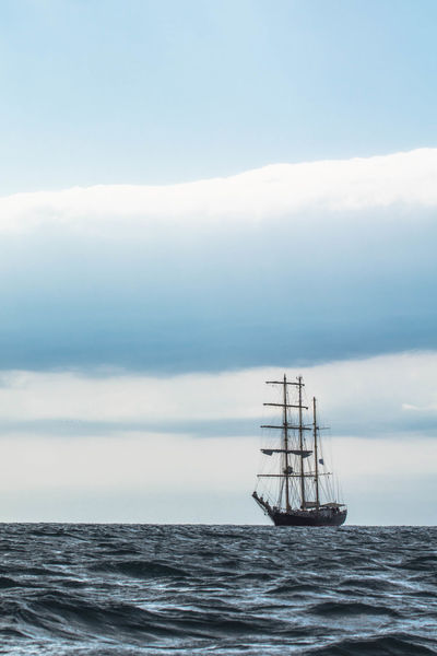 Skyline Watter_collection Arrival Beauty In Nature Boat Cloud - Sky Horizon Horizon Over Sea Horizon Over Water Mode Of Transport Nature Nautical Vessel Sailing Sailing Ship Sea Sea And Sky Sea View Seascape Ship Sky Tranquility Transportation Water