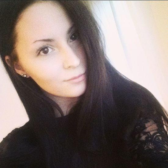 Finnish  Brunette Selfie Tuesdaymorning