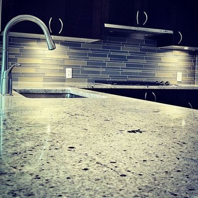 Countertop preserve by L I O N I Z E PRESERVATIONS services.
