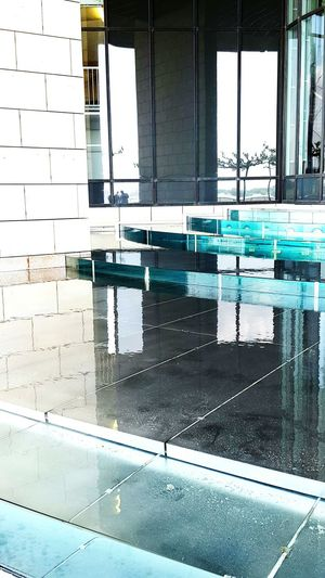 Water Clearwater Stairs Wasser Treppen Clear Klar Glass Reflections Glas Reflexionen Reflections In The Water Landtag NRW Architecture Building Architecturephotography Architektur Architecture_collection Architectural Detail Architecture Details