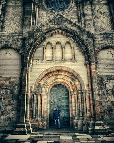 Hello World That's Me Check This Out Church cathedral