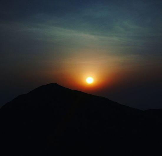Hilltop Sunrise Nighttrek Nighttrekking Weekendplans Weekndgateway