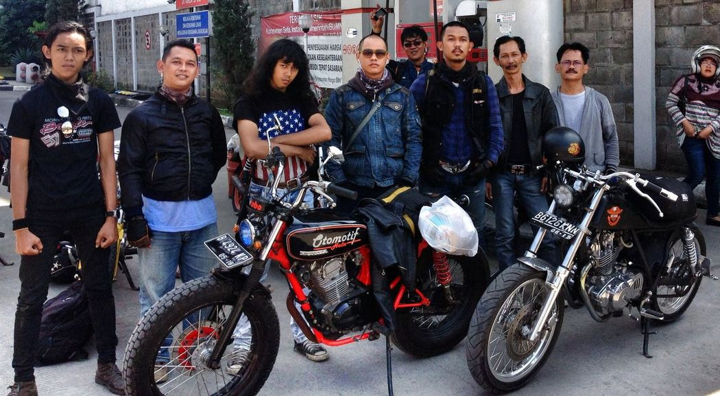 We are the team max mard brother Taking Photos Classic Bike Enjoying Life