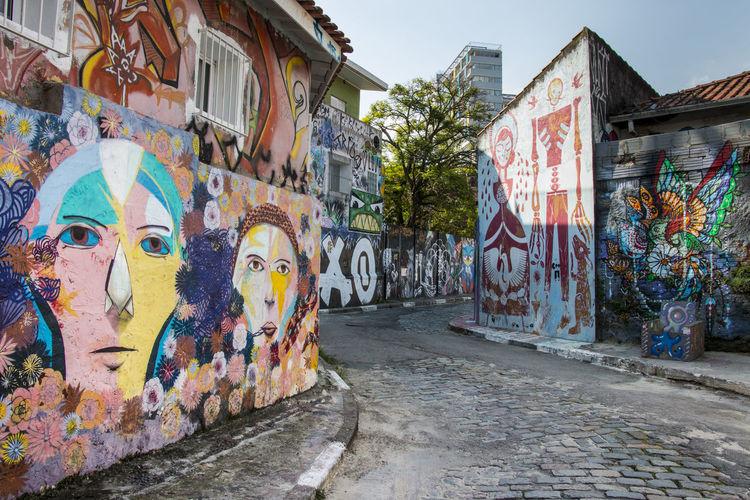 Beco do Batman Beco Do Batman Colorful City Colors Graffiti Graffiti Art São Paulo Here Belongs To Me