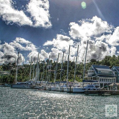 Hafen von Marigot Bay / Sankt Lucia Carebean Cloud Sky Ship holiday memories travel cruise costa mediterranea port 2012