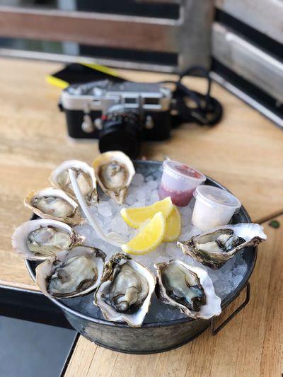 LA Oyster Break