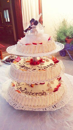 Wedding cake. Cream and fruits. Food Food Photography Wedding Wedding Party Cake Open Edit Lifestyle Food Porn Awards
