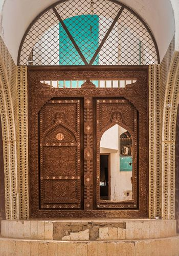 Oman Chapters Built Structure Architecture No People Building Arch Building Exterior Window Day Wall - Building Feature Pattern Belief Outdoors Wall Reflection Religion Place Of Worship Low Angle View Spirituality Glass Ornate