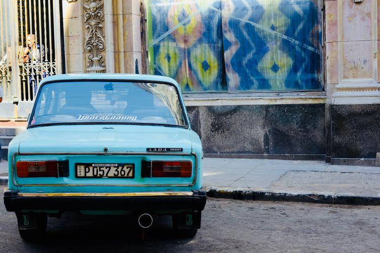 Lada x Need for Speed. Cuba Habana Vieja LADA Russia Taxi Taxi Driver Car City Cuban Drive Land Vehicle Mint Road Street Streetphotography Transportation Tuning Tuning Cars Vehicle