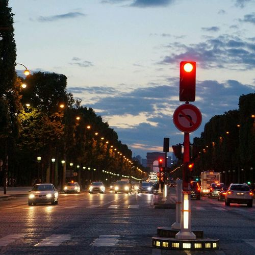 It's So Beautiful  Street Go To Arc De Triomphe De L'Étoile