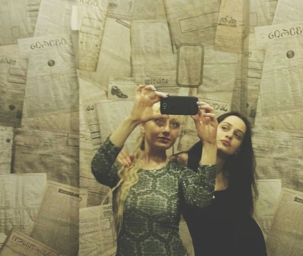 Hi! Taking Photos Selfie ✌ Girls Friends Blonde And Brunette Toiletselfie