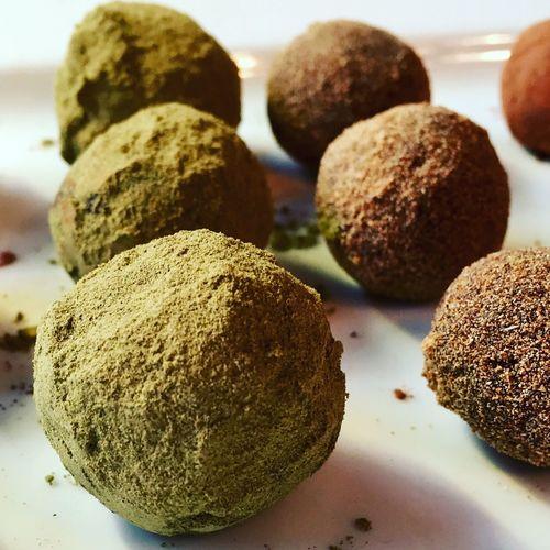 Blissball Blissballs Healthy Food Eat Green Hemp Raw Rawvegan Vegan Plantbased Protein Chocolate Dates Bites Snack Showcase: February