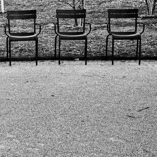 Yalta 2016 Blackandwhite Eye4black&white  Paris Showcase: January Eye4photography  Streetphotography Street Photography Check This Out Streetphoto_bw EyeEm Best Shots Chair