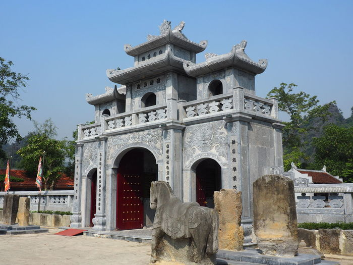 'The inland Ha Long Bay' Temple Thai Vi Architecture Built Structure History The Past Arch Animal Representation No People Religion And Beliefs Spirituality