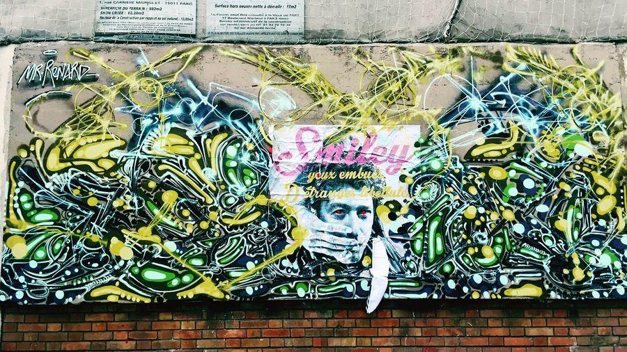 By #mrrenard #streetart #graffiti #graff #spray #bombing #sprayart #wall