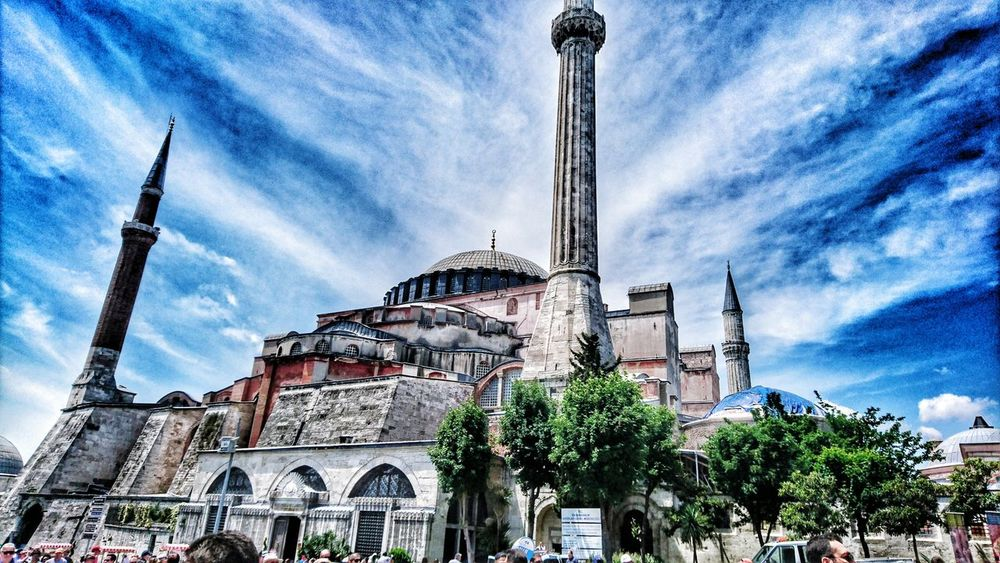 Architecture Low Angle View Built Structure Building Exterior Outdoors Cloud - Sky No People Day Tree Sky Followshoutoutlikecomment Likeforlike Follow Me :) Followforfollow Like4like Nature Istanbulstreetphotography Skyblue Ayasofya (Hagia Sophia) Ayasofyacamii Ayasofia🙈🤗 Istanbul Turkey AyasofyaMuseum