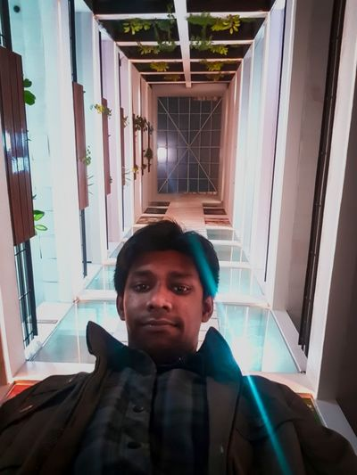 selfie in 3d style with full moon up top!! Architecture #selfie Potrait_photography 3deffect Full Moon Portrait Headshot Looking At Camera Young Adult Cyberspace Technology Men EyeEmNewHere