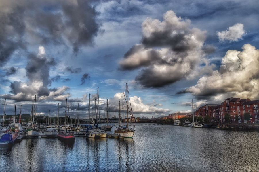 A lovely day for a walk round the docks. Taking Photos Enjoying Life Cloudporn Beauty In Nature Tranquility Malephotographerofthemonth EyeEm Nature Lover Tranquil Scene Preston Docks Preston, Lancashire Clouds
