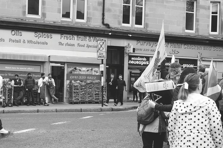 Political Rally Auob March Glasgow  Scotland Referendum Indy Politics And Government Independence Politics Cultures Culture Reaction Staring Intriguing City Store Business Finance And Industry Text Awning Old-fashioned Architecture Building Exterior Banner - Sign Voting Election Democracy Politician