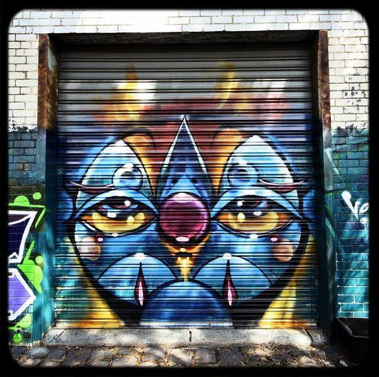 Rollerdoor Streetart Graffiti by Voir