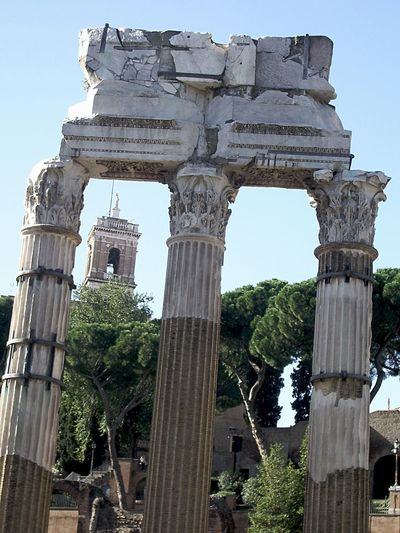 Ancient Architectural Column Architecture Forum Romanum Framed By Column History Old Ruin Outdoors Travel Travel Destinations