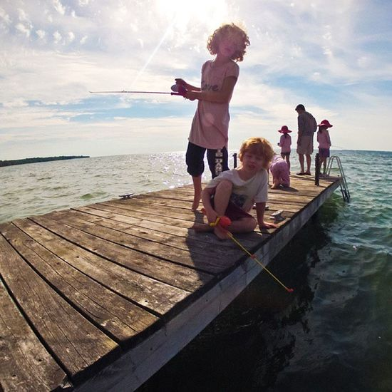 I spent the Weekend at a Cottage in Waupoos , on Lakeontario  . HappyKids fishing igersottawa gopro