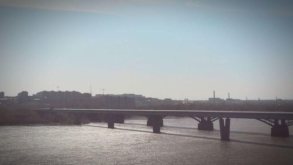 Два моста. Октябрьский и мост метро. Новосибирск. Река обь. Novosibirsk River Spring