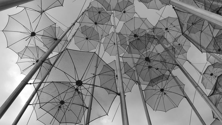 Monochrome Photography Lookingup Umbrellas Majestic Cloud - Sky Monochromatic Beauty In Nature Look Up And Thrive Blackandwhite Umbrella Full Frame Tall - High Low Angle View Outdoors Eye4photography  EyeEm Gallery Check This Out Art Architectural Feature Seeing The Sights Citysights Pattern Pieces Everything In Its Place Outdoor Photography Morning Sky Uniqueness