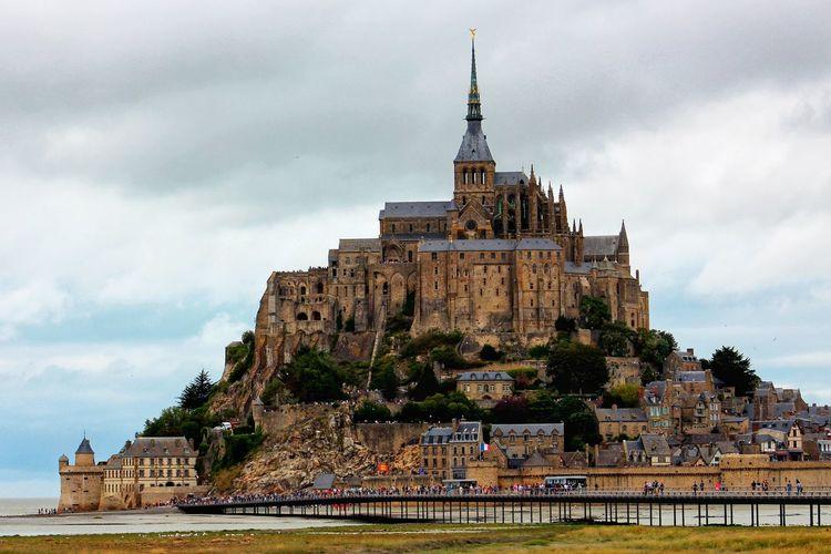 Le Mont Saint