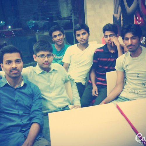 Get_together 👌✌Close_friends 😊😘 Fun_moments_all_day_long😁😂😂😘😘 Party_day😍😘😘
