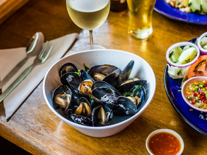 Dinner Bowl Food And Drink Freshness Healthy Eating High Angle View Indoors  Meal Mussels Ready-to-eat Seafood Still Life Table